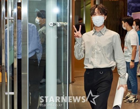방탄소년단 제이홉 '배철수 선배님 만나요'[★포토]