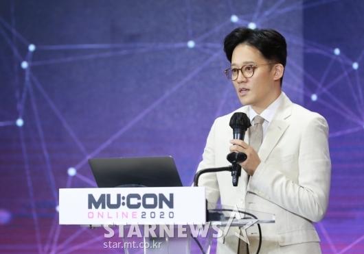이성수 SM엔터 대표 '온라인 콘서트 표준 제시'[★포토]