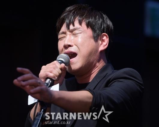 뮤지컬 '광주' 열연하는 민영기[★포토]