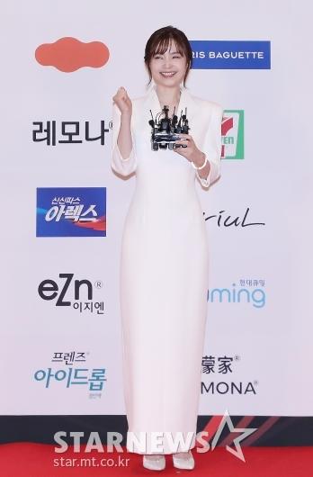 전미도 '2020 브랜드대상, 올해의 신인여배우'[★포토]