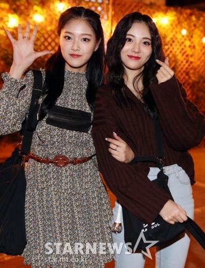 이달의소녀 현진-진솔 '미모에 꽃이 피었습니다!' [★포토]