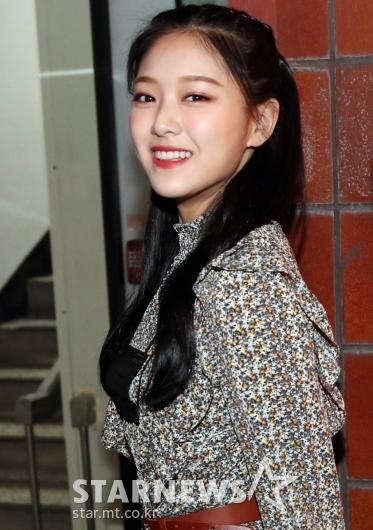 이달의소녀 현진 '아름다운 미소로 인사' [★포토]