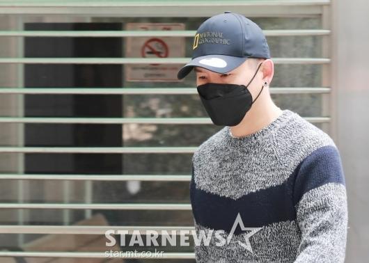 김형인, 불법도박장 개설 혐의 첫 공판 출석[★포토]