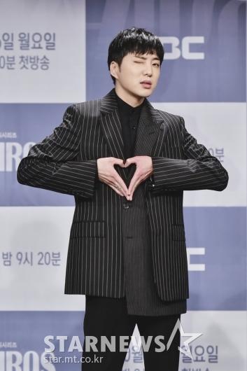 강승윤 '하트+윙크'[★포토]