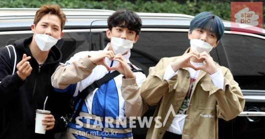 B1A4, '훈남들의 유스케 출근길!'