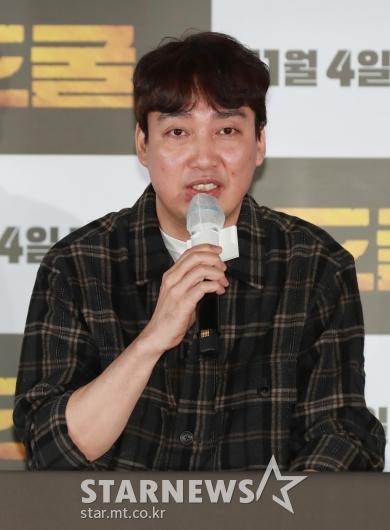 답변하는 '도굴' 박정배 감독[★포토]
