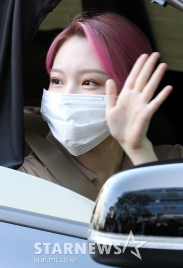 여자친구 예린 '마스크로 가려진 미모' [★포토]