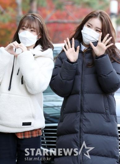 신지윤-먼데이 '팬들과 반가운 인사' [★포토]