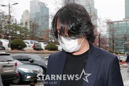 성추행 혐의 8차 공판 마친 힘찬[★포토]