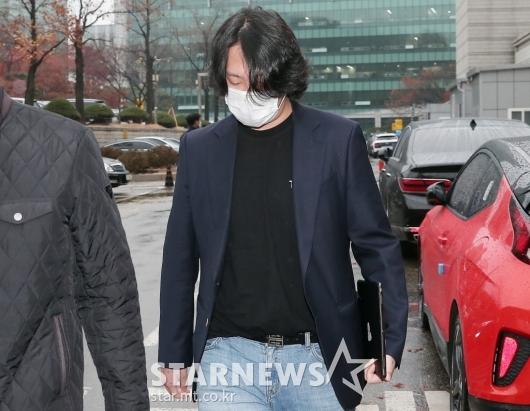 '성추행 혐의' 8차 공판 마치고 이동하는 힘찬[★포토]