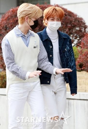 재윤-웅기 '화기애애한 출근길' [★포토]