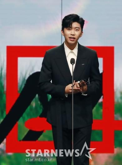임영웅, 2020 AAA 올해의 트로트상 수상[★포토]