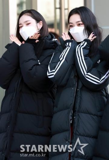 아야미-마린 '예쁘게 꽃받침~' [★포토]