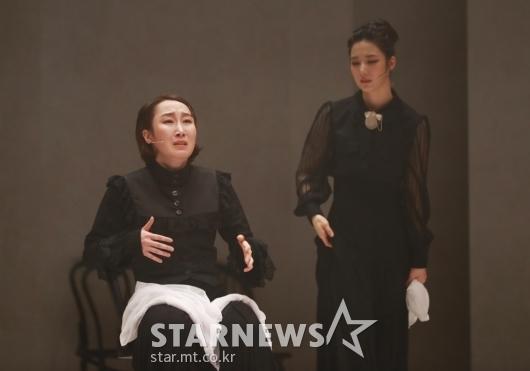 열연하는 '베르나르다의 딸들'[★포토]