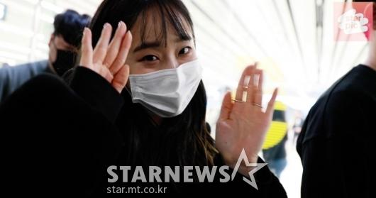 이달의소녀 츄, '활기찬 모습으로 인사' [영상]