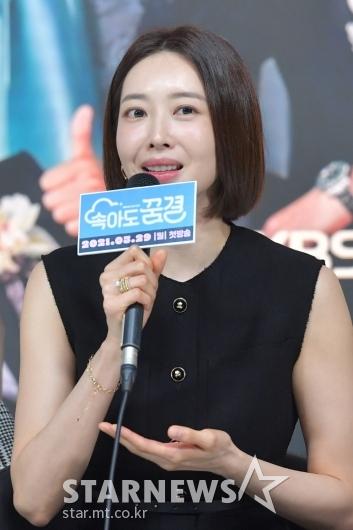 왕지혜 '미모는 여전하죠?'[★포토]