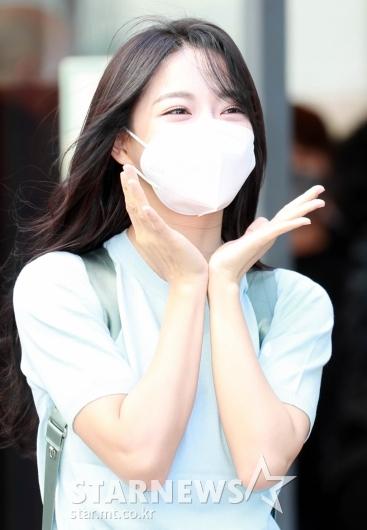 김세정 '봄꽃 여기있어요~'[★포토]