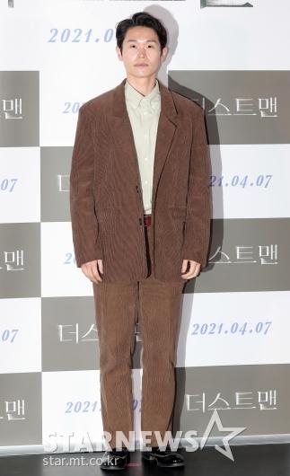 강길우 '조금은 어색한 포토타임'[★포토]