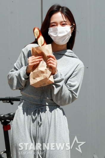 이혜성 '직접 만든 빵 가져왔어요'[★포토]