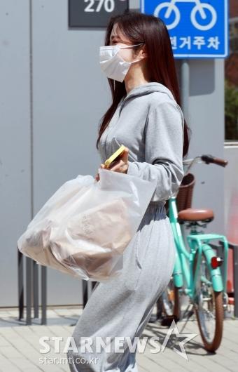 이혜성 '빵요정, 빵들고 출근중'[★포토]