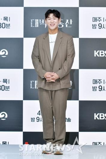 강홍석 '떨리는 포토타임'[★포토]