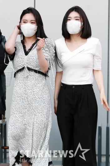 민영-유나 '여성미가 폴폴~'[★포토]