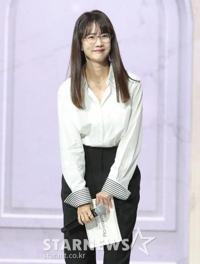 박소현 '뉴이스트 쇼케이스 MC'[★포토]