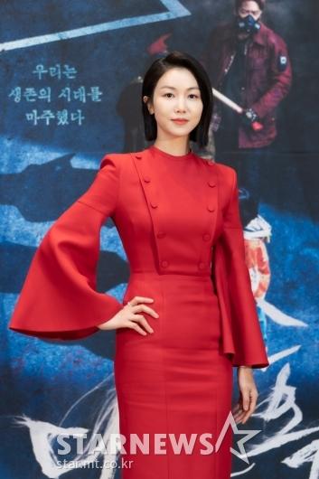 김옥빈 '빨간 드레스의 여전사'[★포토]