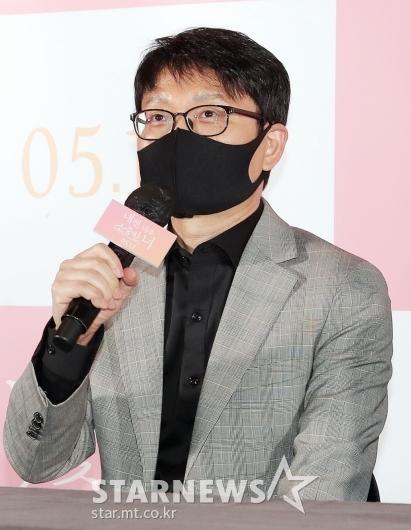 인사말 하는 이창원 감독[★포토]