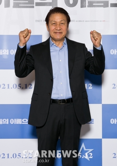 건강 되찾은 '국민배우' 안성기[★포토]