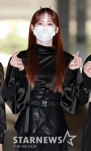 핫이슈 메이나 '머리핀이 귀엽네~'[★포토]
