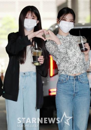 송하영-이새롬 '둘이 함께 하트'[★포토]