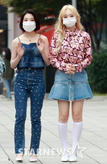 로켓펀치 윤경-소희 '화려한 패션'[★포토]