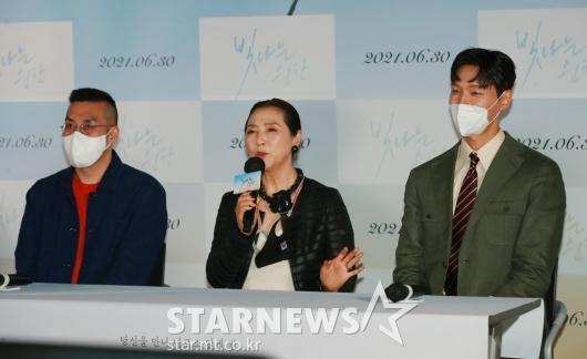 영화 '빛나는 순간' 언론시사회 개최[★포토]