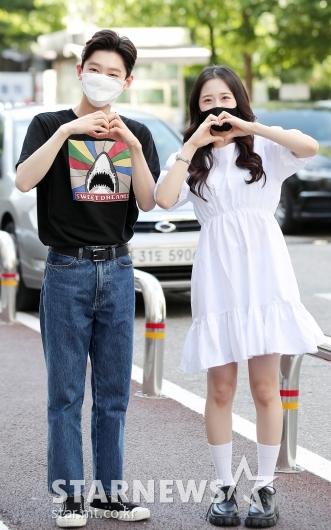 김용빈-윤서령 '많이 사랑해주세요'[★포토]