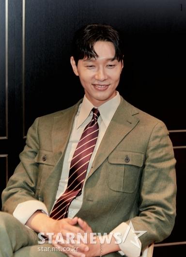 지현우 '부드러운 미소'[★포토]