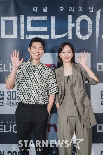 위하준-진기주 '미드나이트 커플'[★포토]