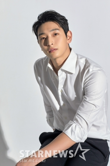 '나만 보이니' 영화감독 역할 맡은 정진운 [★포토]