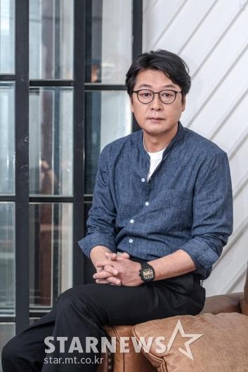 김윤석 '중년의 멋'[★포토]