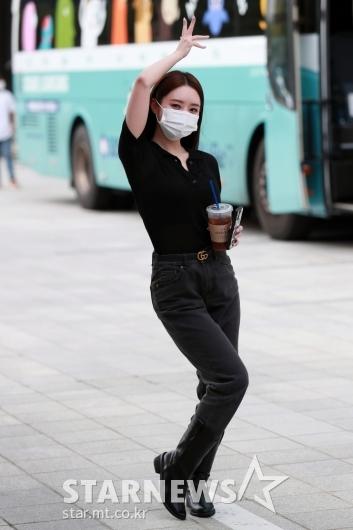드림캐쳐 수아 '화려한 포즈'[★포토]