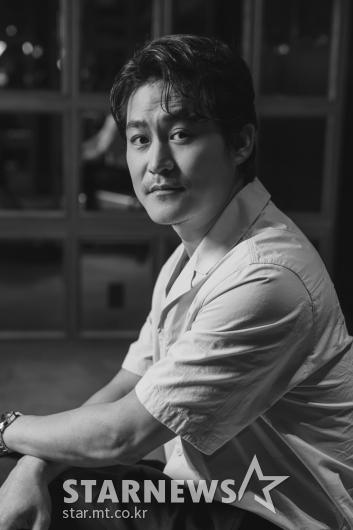 '싱크홀' 동원 역 맡은 김성균 [★포토]