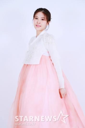 이서 '연분홍빛 한복 자태'[★포토]
