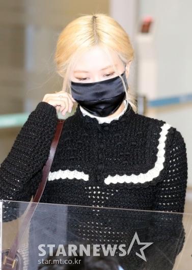 블랙핑크 로제 '가려도 여신미모'[★포토]