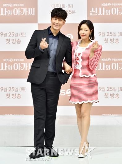강은탁-박하나 '선남선녀'[★포토]