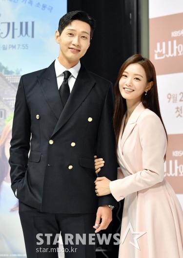지현우-이세희 '닮은 미소'[★포토]
