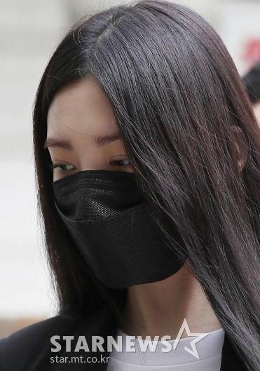'음주운전' 리지, 어두운 표정으로 공판 출석[★포토]
