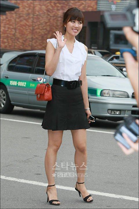[★포토]서현진 아나, '유재석-나경은 행복하세요'