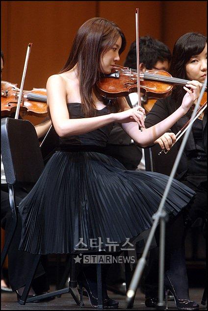[★포토]이지아, '바이올리니스트로' 변신