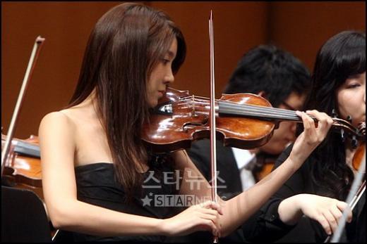 [★포토]이지아의 바이올린 연주