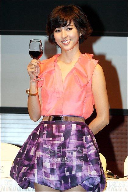 [★포토]한혜진 '와인 한잔 하실래요?'